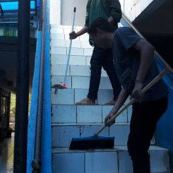 tangga-bersih-bersih